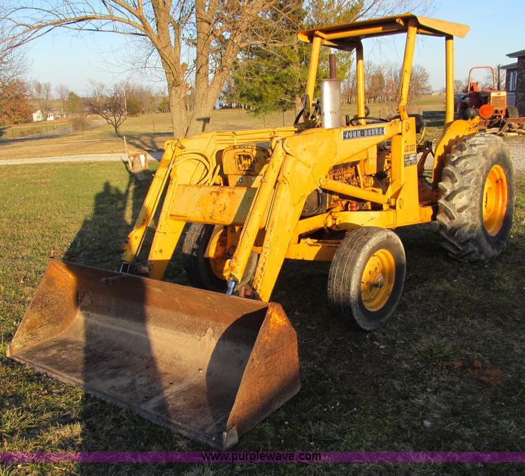 john deere 300 tractor item d3063 sold march 29. Black Bedroom Furniture Sets. Home Design Ideas