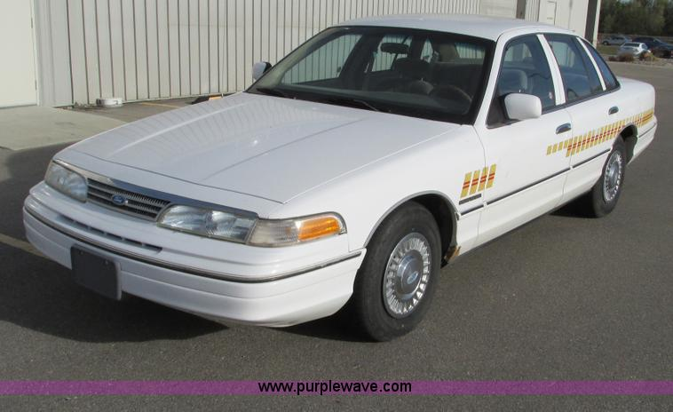 F4009.JPG - 1994 Ford Crown Victoria Police Interceptor , 108,753 miles on odometer , 4 6L V8 EFI gas engine , A...
