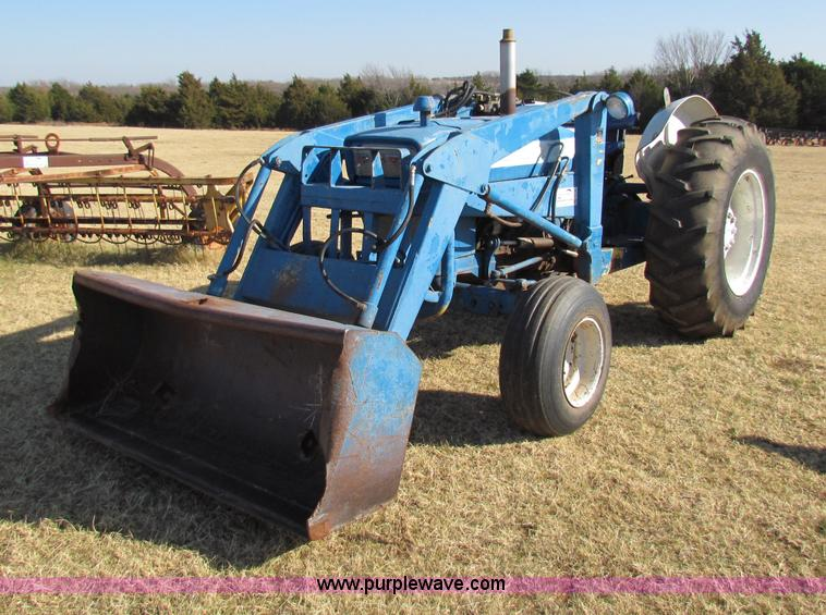 Ford Tractor Pto No 1962 : Ford tractor with loader no reserve auction on wednesday