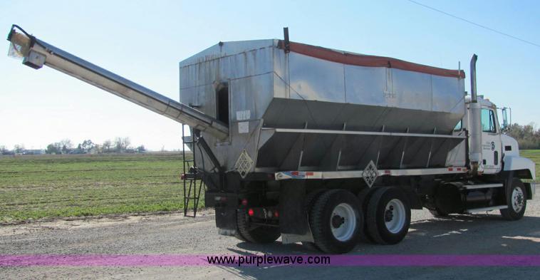 Mack Truck Fertilizer : Mack ch fertilizer tender truck no reserve