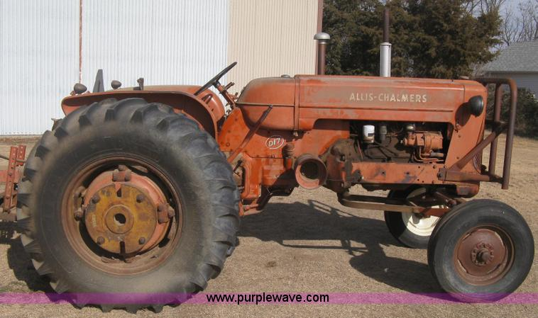 Allis Chalmers B Fuel Tank : Allis chalmers d tractor no reserve auction on