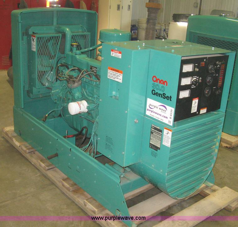 B8339.JPG - Onan 30 EK generator , 157 hours on meter , Spec L30728R , LPG vapor or natural gas , 12 lead genera...