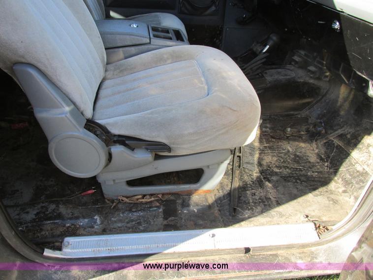 F4124R.JPG - 1989 Chevrolet K5 Blazer SUV , 39,813 miles on odometer , 5 7L V8 OHV 16V gas engine , Automatic tra...
