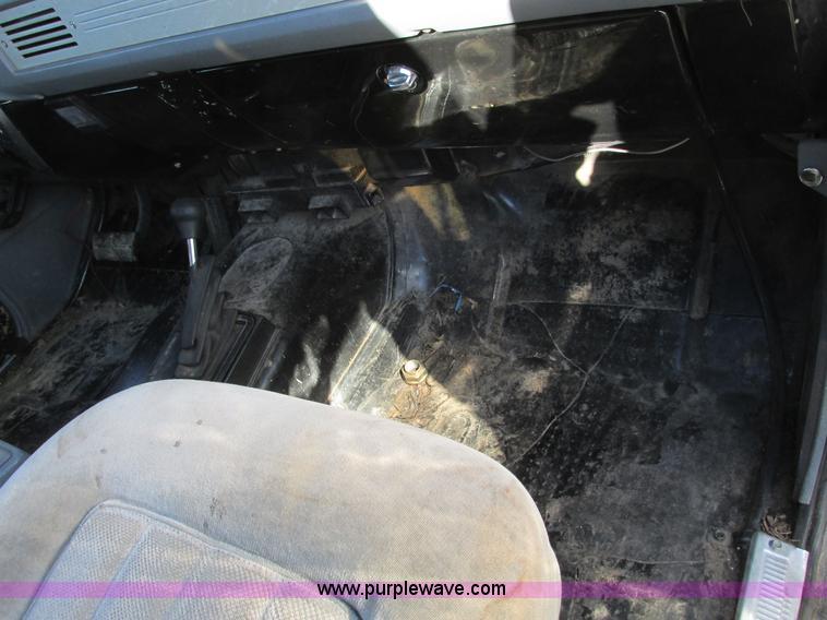 F4124T.JPG - 1989 Chevrolet K5 Blazer SUV , 39,813 miles on odometer , 5 7L V8 OHV 16V gas engine , Automatic tra...