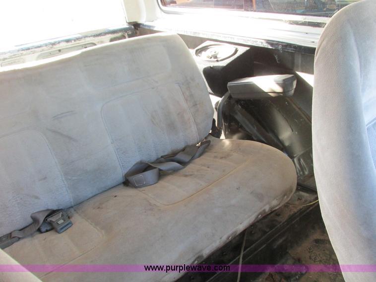F4124V.JPG - 1989 Chevrolet K5 Blazer SUV , 39,813 miles on odometer , 5 7L V8 OHV 16V gas engine , Automatic tra...
