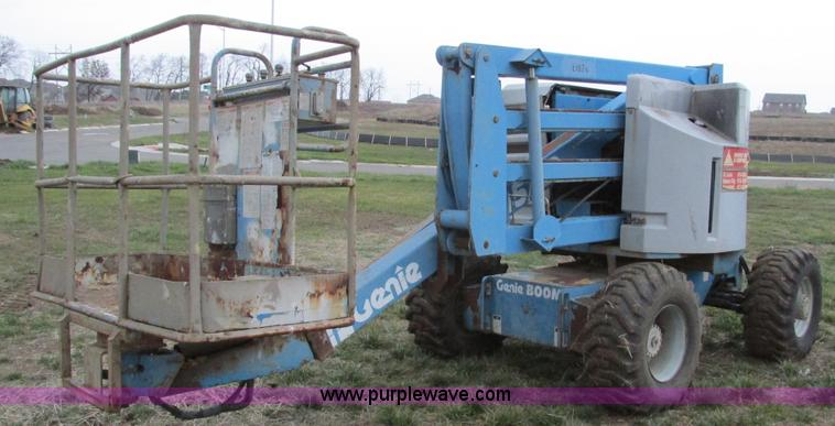 F4156.JPG - 1993 Genie Z 45/22 boom lift , Ford four cylinder gas engine , Model LSG 4231 6007 2 , Serial 11765 ...