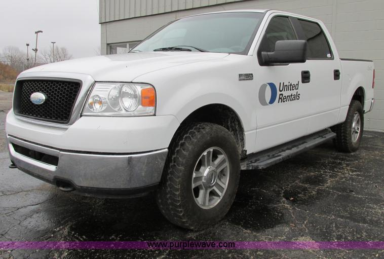 E7002.JPG - 2007 Ford F150 XLT SuperCrew pickup truck , 162,732 actual miles , 5 4L V8 EFI gas engine , Automati...
