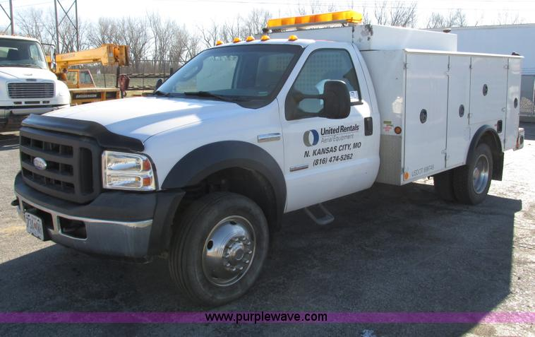 F4152.JPG - 2006 Ford F550 service truck , 181,890 miles on odometer , Powerstroke 6 0L V8 turbo diesel engine ,...