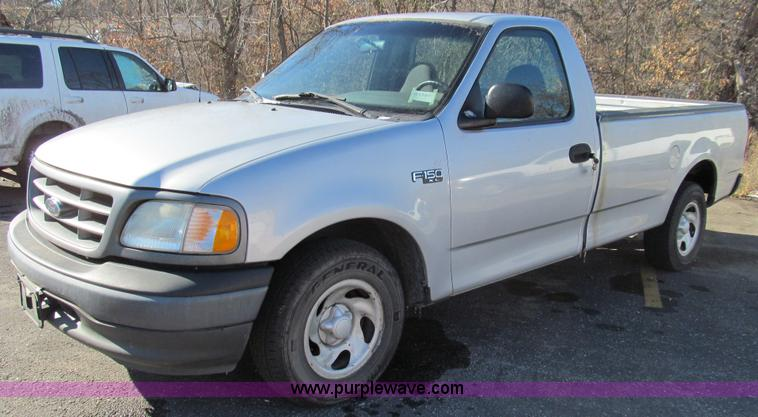 E3629.JPG - 2002 Ford F150 XL pickup truck , 159,287 miles on odometer , 4 2L V6 OHV 12V gas engine , Automatic ...