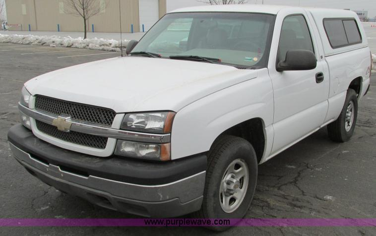 F4182.JPG - 2003 Chevrolet Silverado 1500 pickup truck , 178,992 miles on odometer , 5 3L V8 OHV 16V FFV gas eng...