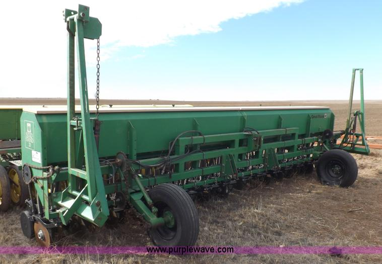 F6332.JPG - 1990 Great Plains Solid Stand 20 grain drill , Model 3PD20 300889 , 20W , 8,604 acres on meter , 30 ...