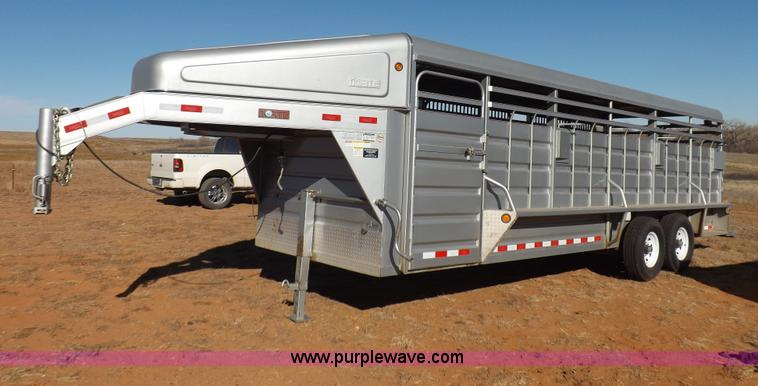 F6352.JPG - 2011 Norte 24 gooseneck livestock trailer , 24 x 68 quot , 2 divider gates , One has sort gate , 3 c...