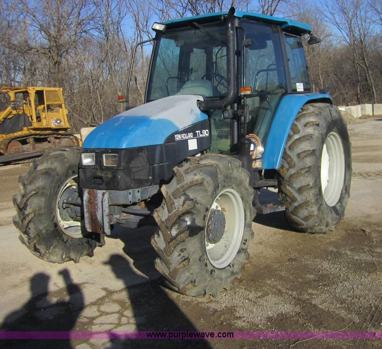 F6569.JPG - 1999 New Holland TL90 MFWD tractor , 5,925 hours on meter , Iveco four cylinder diesel engine , Mode...