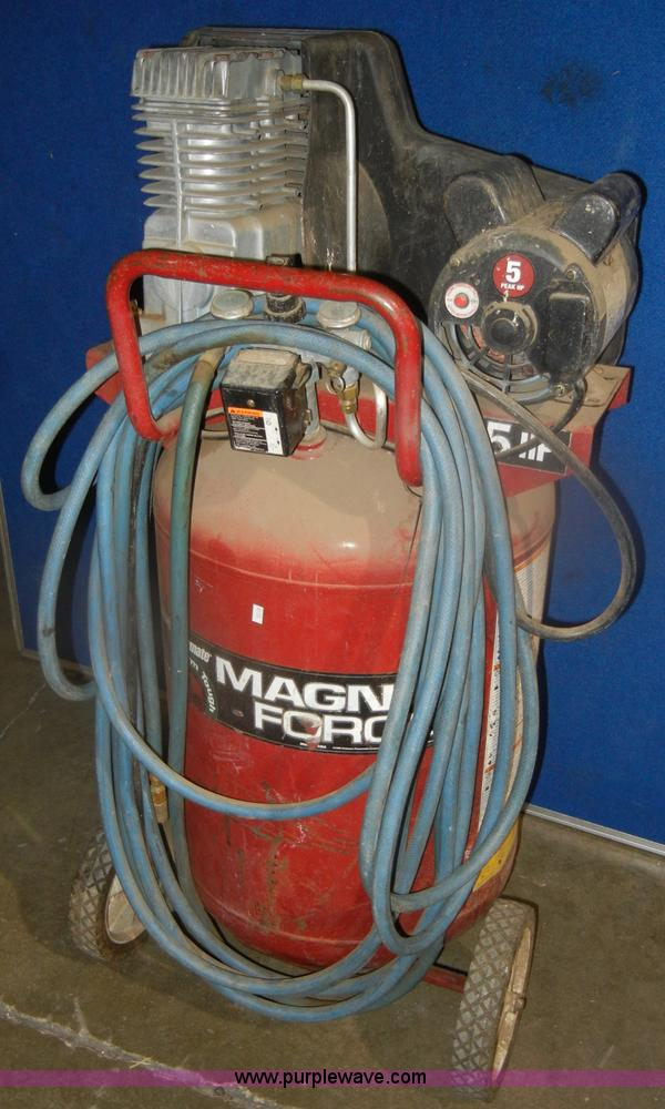 Coleman magna force 27 gallon air compressor no reserve for Manhattan motors manhattan ks