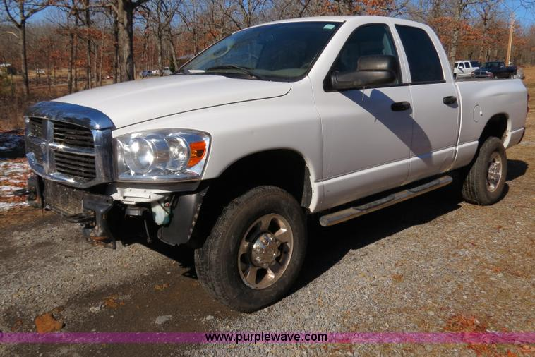 B4556.JPG - 2007 Dodge Ram 2500 HD Laramie Quad Cab pickup truck , 50,693 actual miles , 6 7L I6 FI diesel engin...
