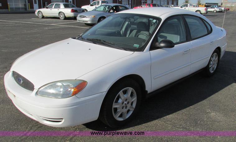 F4172.JPG - 2004 Ford Taurus LX , 147,640 miles on odometer , 3 0L V6 OHV 12V gas engine , Automatic transmissio...