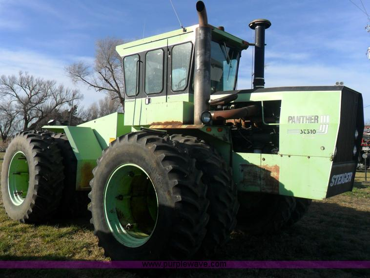 AB9198.JPG - 1981 Steiger Panther ST310 tractor , 5,830 hours on meter , Cummins 855 diesel engine , 400 HP , Man...