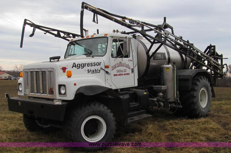 E3650.JPG - 1995 Stahly Aggressor self propelled sprayer , 72,914 miles on odometer , 6,482 hours on meter , Int...