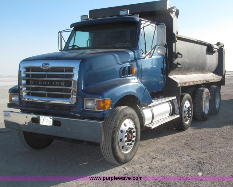 B5322.JPG - 2000 Sterling LT8500 tri axle dump truck , 308,833 actual miles , Caterpillar 3126B 7 2L L6 turbo di...
