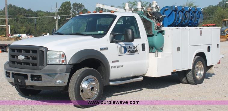 C2789.JPG - 2005 Ford F450 XL Super Duty service truck , 316,756 miles on odometer , Powerstroke 6 0L V8 turbo d...