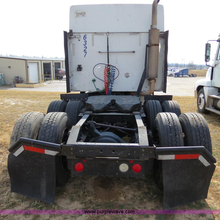 No Reserve Auction On Tuesday May 07: 2007 International 9400i Semi Truck