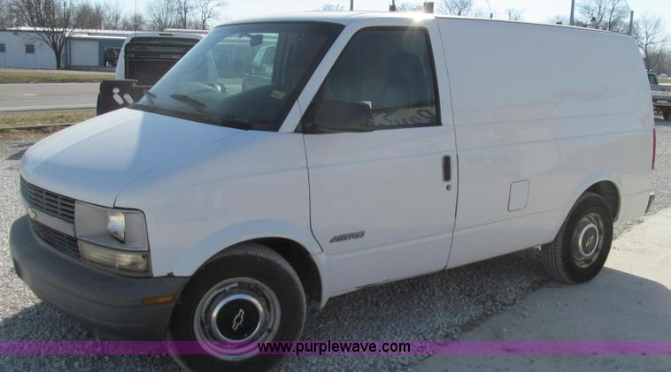 E3675.JPG - 1999 Chevrolet Astro cargo van , 211,310 miles on odometer , 4 3L V6 OHV 12V gas engine , Automatic ...