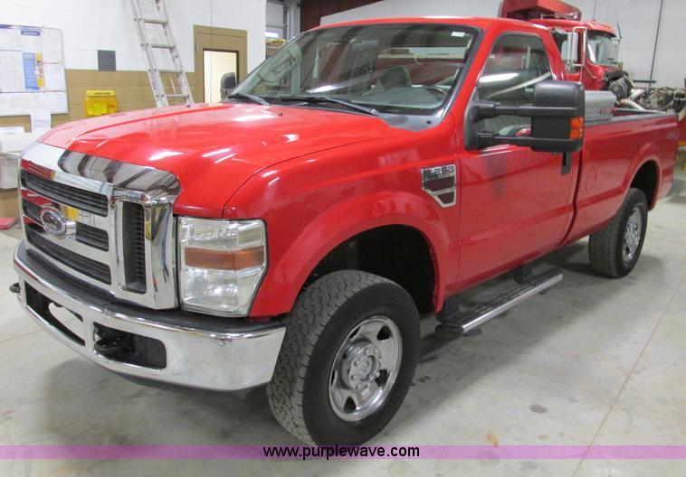 F4272.JPG - 2008 Ford F250 XLT Super Duty pickup truck , 131,978 miles on odometer , 6 4L V8 OHV 32V diesel engi...