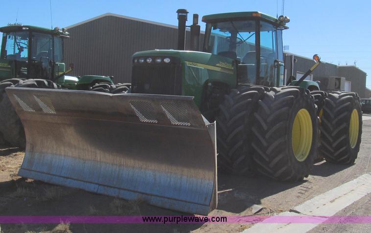 G5634.JPG - 2002 John Deere 9520 tractor , 7,837 hours on meter , John Deere 12 5L six cylinder diesel engine , ...