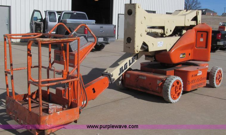 E3737.JPG - 1998 JLG N40 aerial lift , 1,610 hours on meter , Electric , 40 maximum height , 20 maximum horizont...