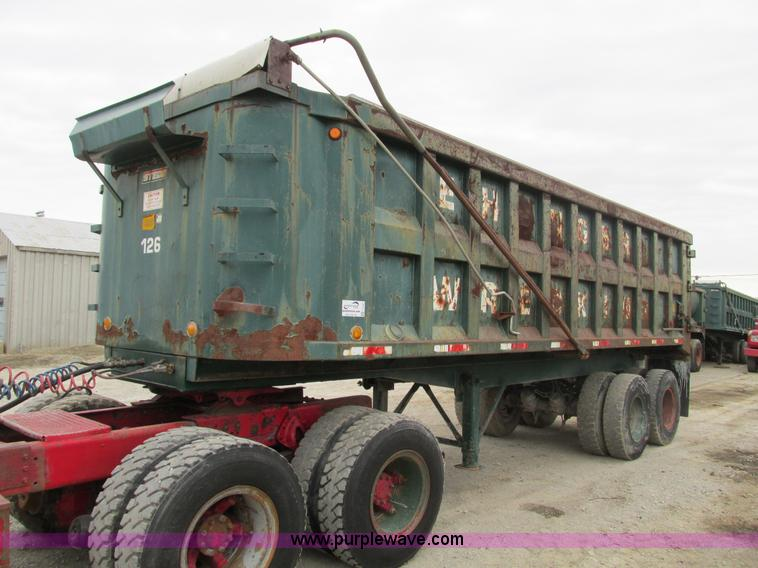 F4141.JPG - 1961 Steco SD2660 dump trailer , 26L , Four stage hydraulic lift cylinder , Manual open rear gates ,...