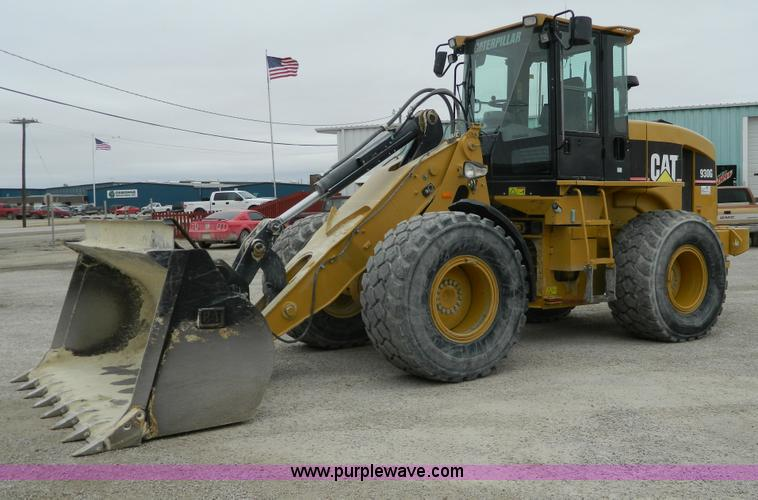 G7680.JPG - 2005 Caterpillar 930G articulated wheel loader , 5,801 hours on meter , Caterpillar 3056E six cylind...
