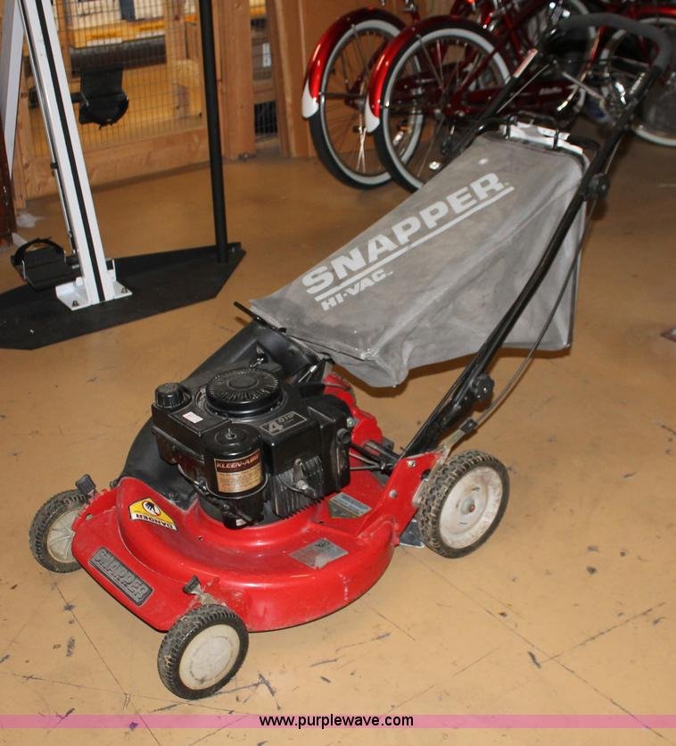 snapper self propelled lawn mower no reserve auction on. Black Bedroom Furniture Sets. Home Design Ideas