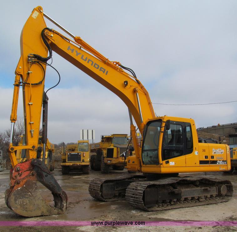 E2815.JPG - 2004 Hyundai Robex 210LC 7 excavator , 5,337 hours on meter , Cummins B5 9 C six cylinder diesel eng...