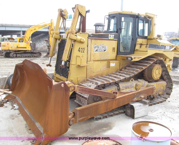 E2821.JPG - 1996 Caterpillar D8R dozer , Hour meter has been changed , Caterpillar 3406 14 6L six cylinder diese...