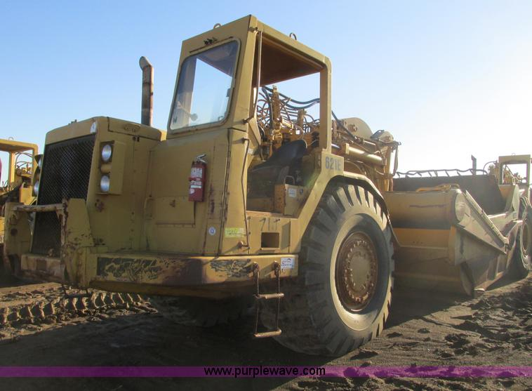 F4306.JPG - 1990 Caterpillar 621E wheel scraper , 6,040 hours on meter , Caterpillar 3406 six cylinder diesel en...