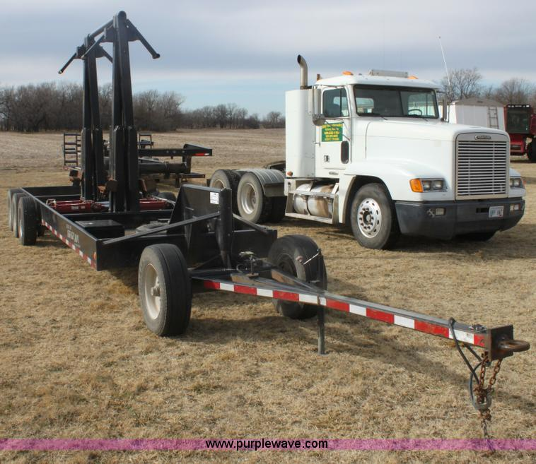 E8398.JPG - 2008 Century Line Befort 2870 triple axle multi purpose header trailer , Self contained hydraulic sy...