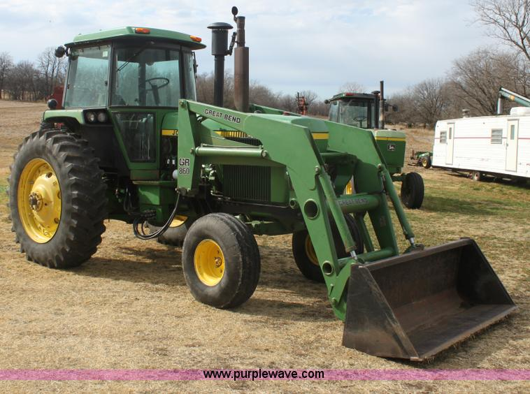 E8421.JPG - 1979 John Deere 4440 tractor , 3,065 hours on meter , Approximately 10,000 actual hours , John Deere...