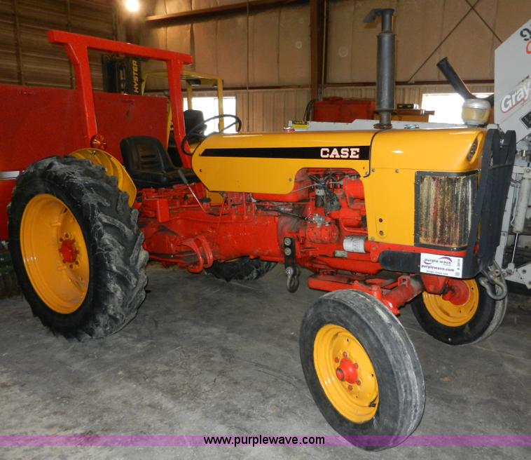 A3914.JPG - 1968 Case 440 industrial tractor , 1,770 hours on meter , Hour meter inoperable , J I Case 6148B fou...