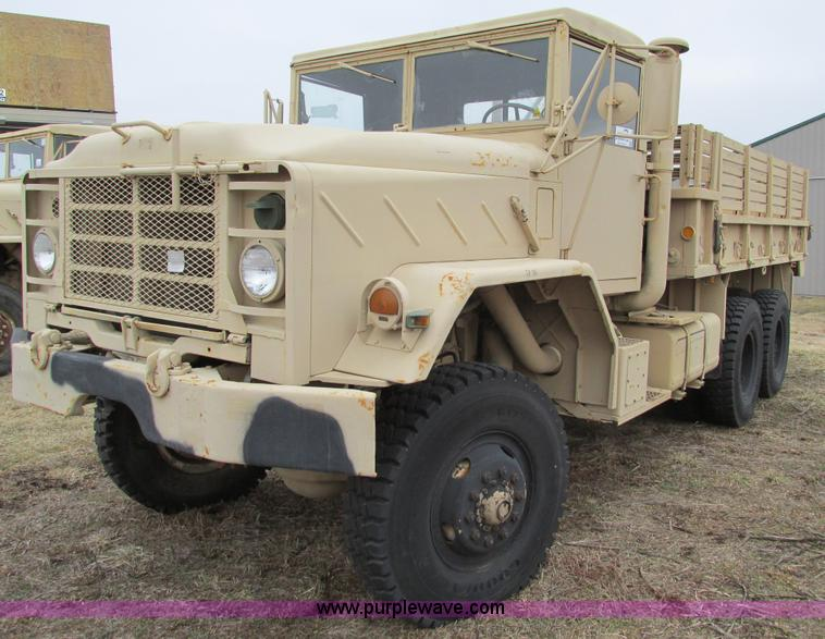 E2830.JPG - 1985 Am General M923 military truck , 24,013 miles on odometer , Cummins NHC 250 six cylinder turbo ...
