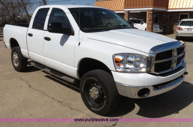 B4556.JPG - 2007 Dodge Ram 2500 HD SLT Quad Cab pickup truck , 50,773 miles , 6 7L I6 FI diesel engine , Automat...