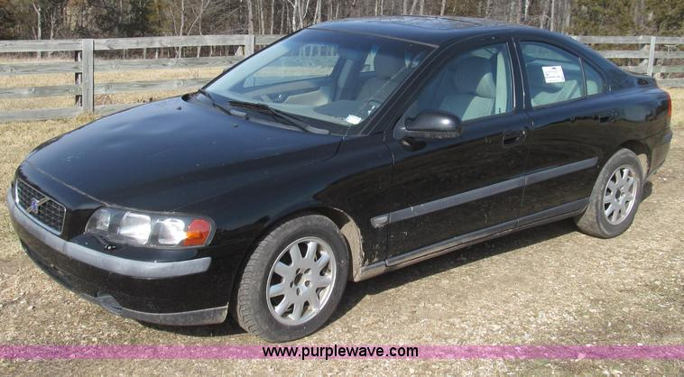 E3784.JPG - 2001 Volvo S60 , 184,522 miles on odometer , 2 4L L5 DOHC 20V gas engine , Automatic transmission , ...