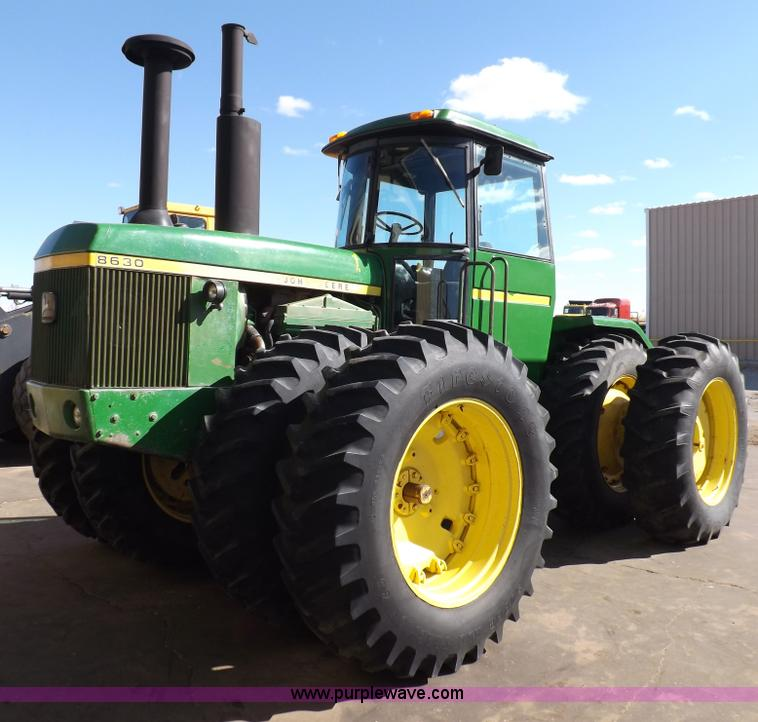 F6425.JPG - 1976 John Deere 8630 4WD tractor , 10,309 hours on meter , John Deere six cylinder diesel engine , M...