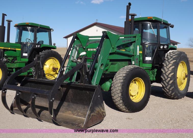 F6428.JPG - 1988 John Deere 4850 MFWD tractor , 12,197 hours on meter , John Deere six cylinder diesel engine , ...