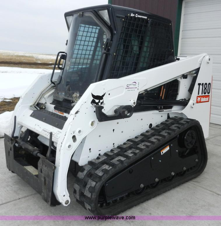 A3953.JPG - 2008 Bobcat T180 compact skid steer , 715 hours on meter , Kubota four cylinder turbo diesel engine ...