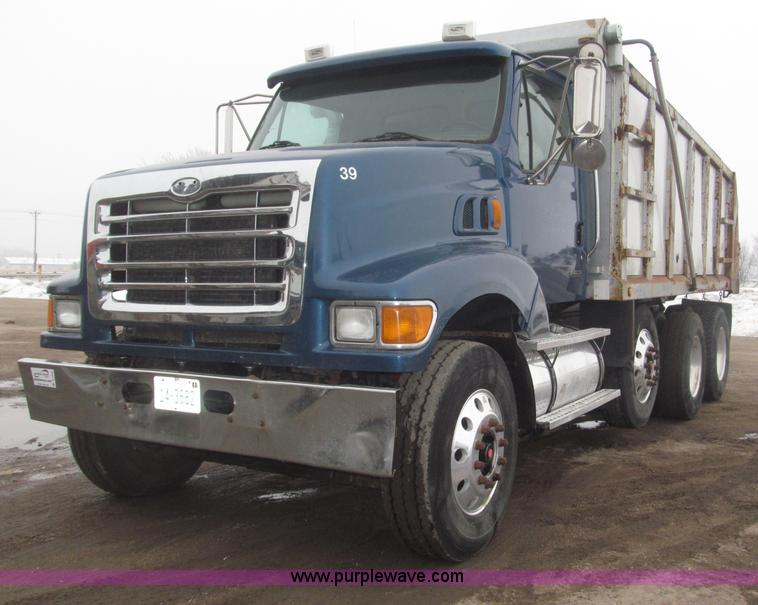 B5409.JPG - 2001 Sterling LT8500 triple axle dump truck , 293,380 miles on odometer , Caterpillar 3126 7 2L L6 t...