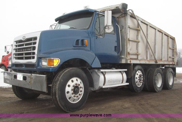 B5410.JPG - 2001 Sterling LT8500 triple axle dump truck , 272,455 miles on odometer , Caterpillar 3126 7 2L L6 t...