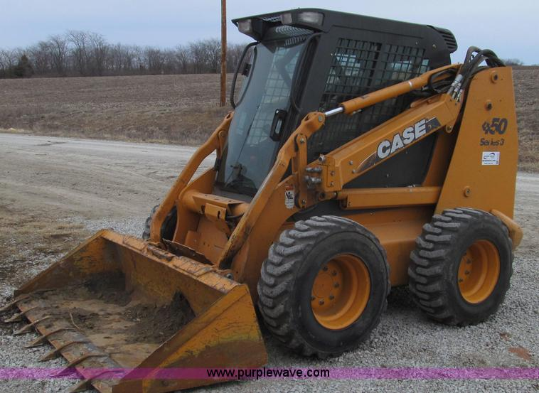E3787.JPG - 2009 Case 450 Series 3 skid steer , 1,498 hours on meter , Case four cylinder turbo diesel engine , ...
