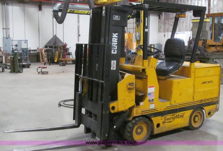 E3789.JPG - 1994 Drexel SL33HP electric forklift , 3,845 hours on meter , 8,000 lb capacity , Clark front Swingm...