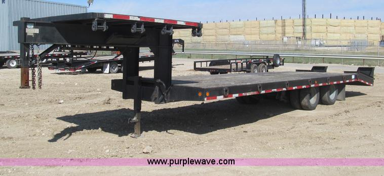 F3151.JPG - 2005 Interstate Trailers gooseneck flatbed trailer , 24L x 102 quot W wood deck , 5 dove tail , 8 x ...
