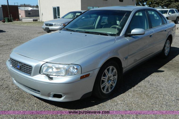 G7790.JPG - 2004 Volvo S80 , 134,662 miles on odometer , 2 5L L5 DOHC 20V turbo gas engine , Automatic transmiss...